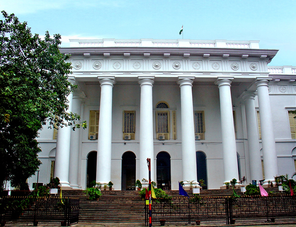 Nice Historical Monuments to See in West Bengal-Town Hall