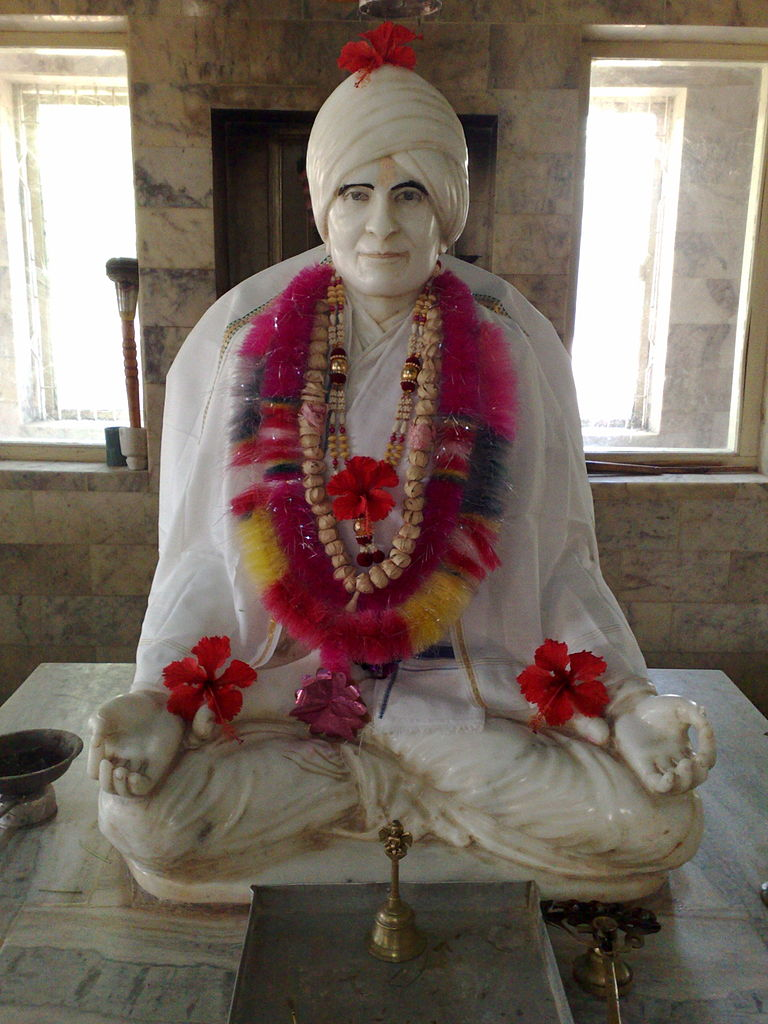 Best Place To Visit Near Navlakha Temple-TrikamjiBapu Mandir