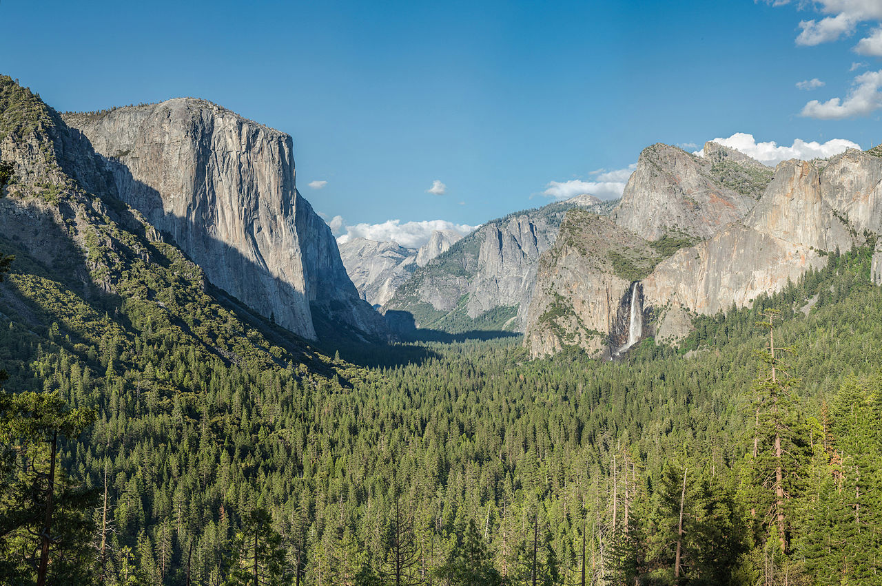 Amazing Place to Visit In Yosemite-Tunnel View