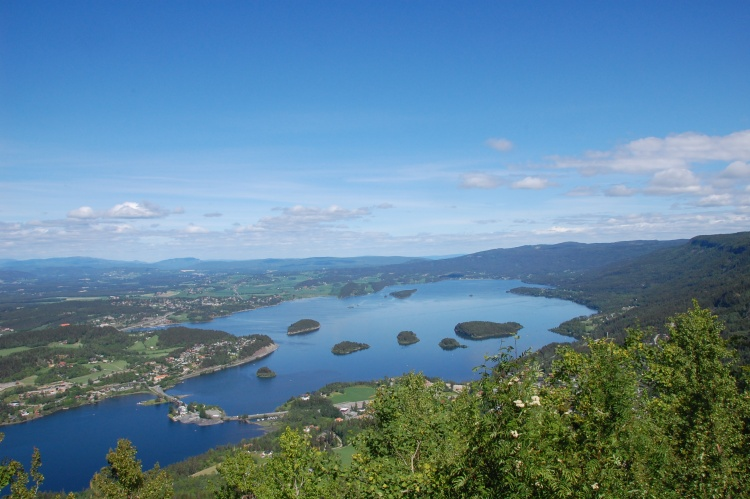Sightseeing Lake of Norway-Tyrifjorden (Lake Tyri)