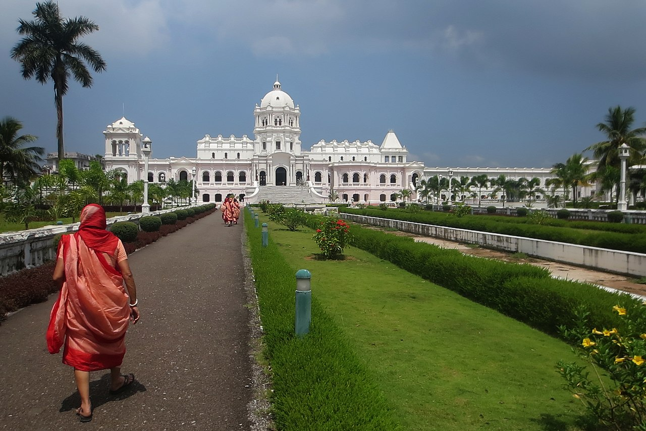 Ujjayanta Palace - Agartala Famous Place To See In And Around Agartala