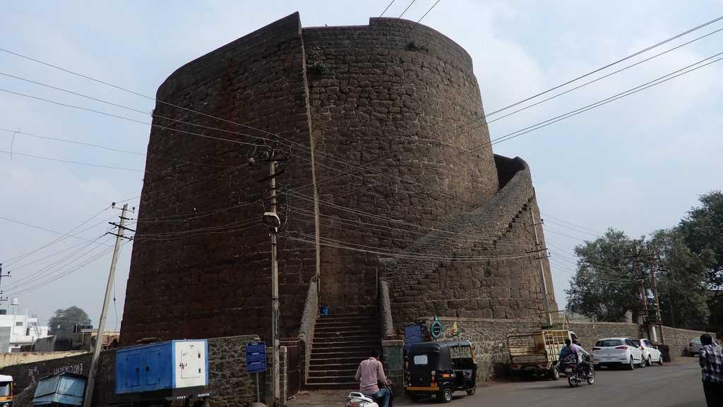 Upli Burj in Bijapur