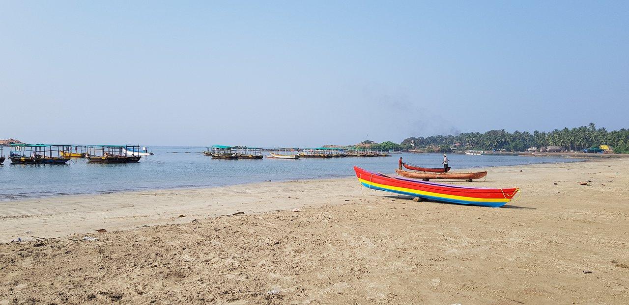 Vengurla Malvan Beach-Amazing Place to Visit in Vengurla