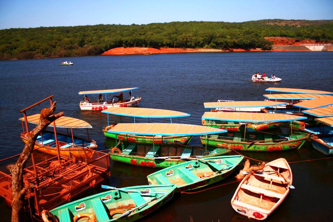 Best Place to Visit Near Chandragad-Venna lake