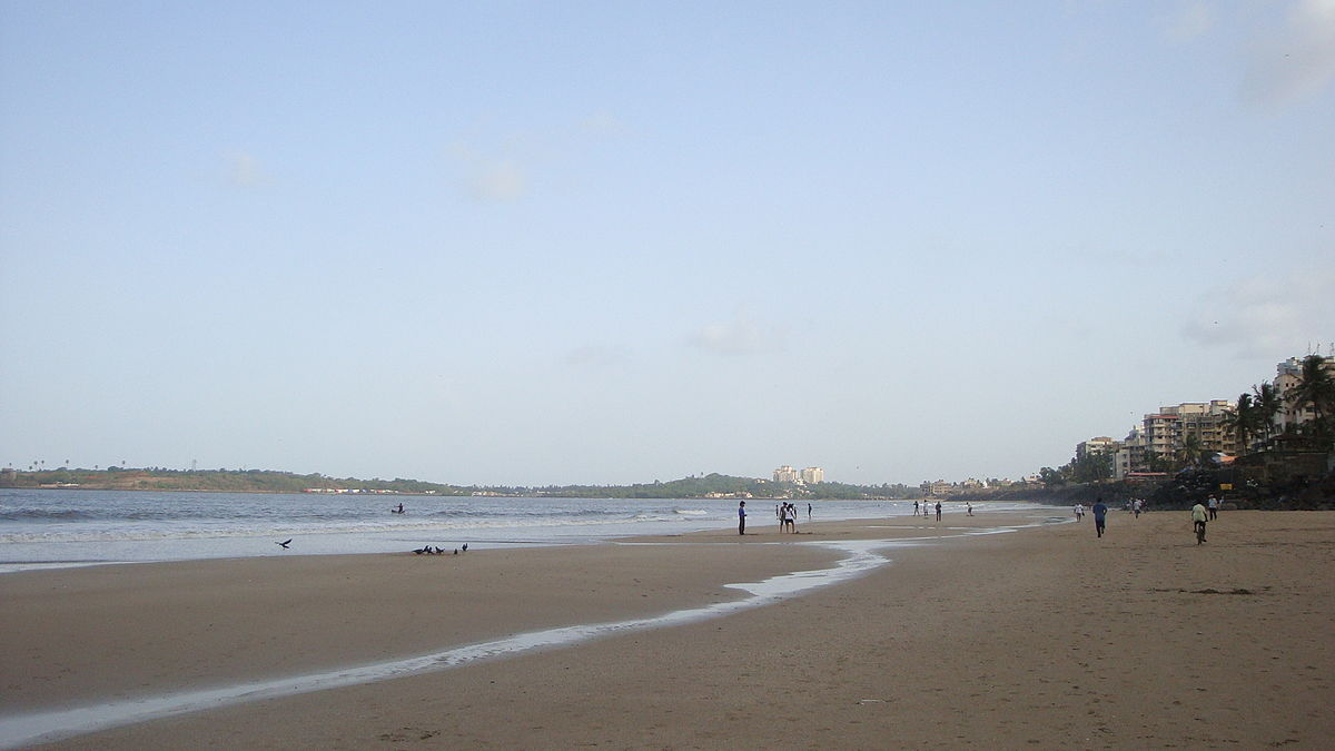 Versova Beach - The Place For Some Celebrity Spotting in Mumbai