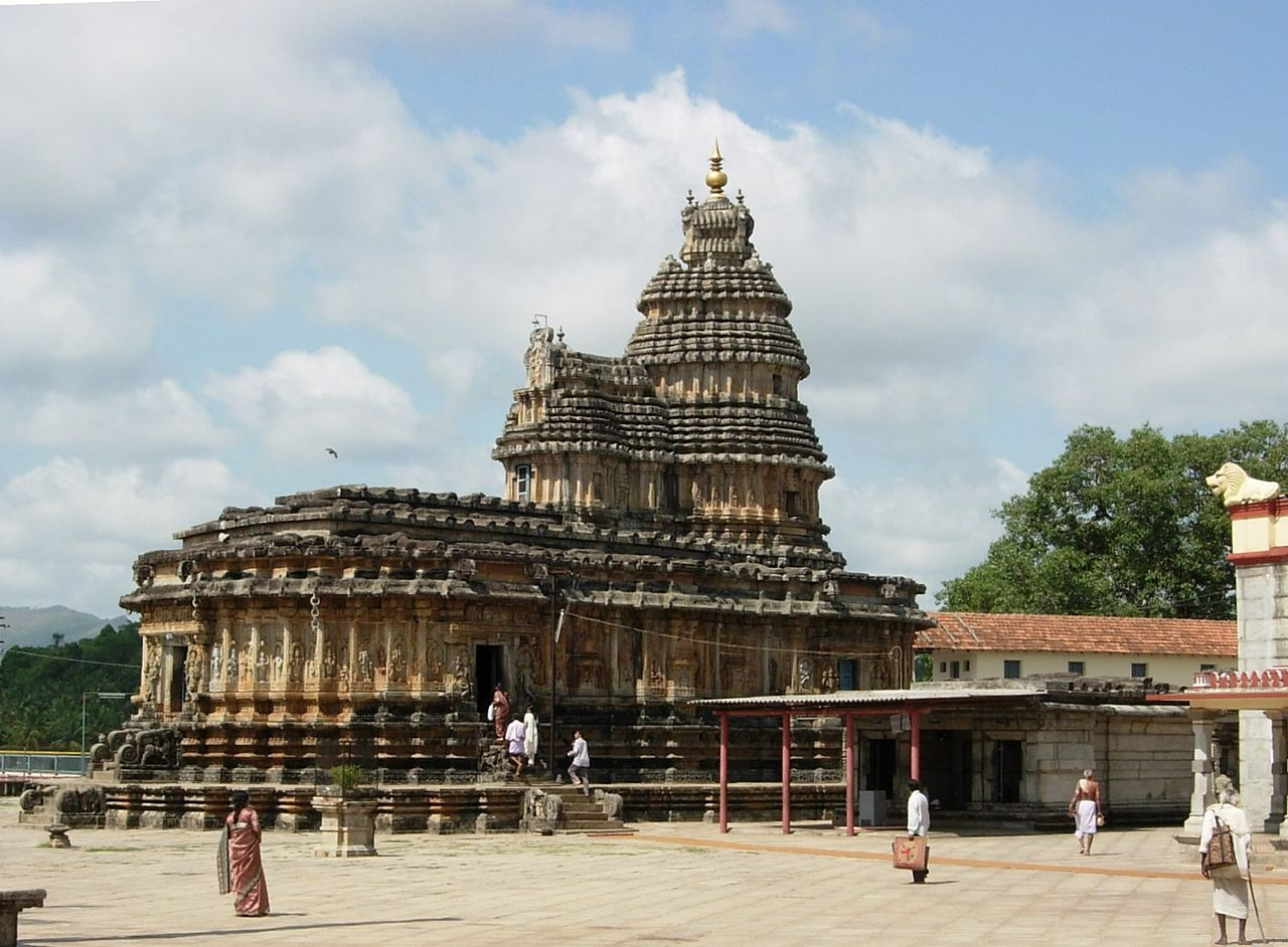 Best Temple to Visit in Karnataka-Vidyashankara Temple, Sringeri