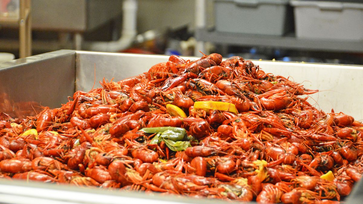 Top Food You Should Try On Your Trip To Houston-Viet-Cajun Crawfish