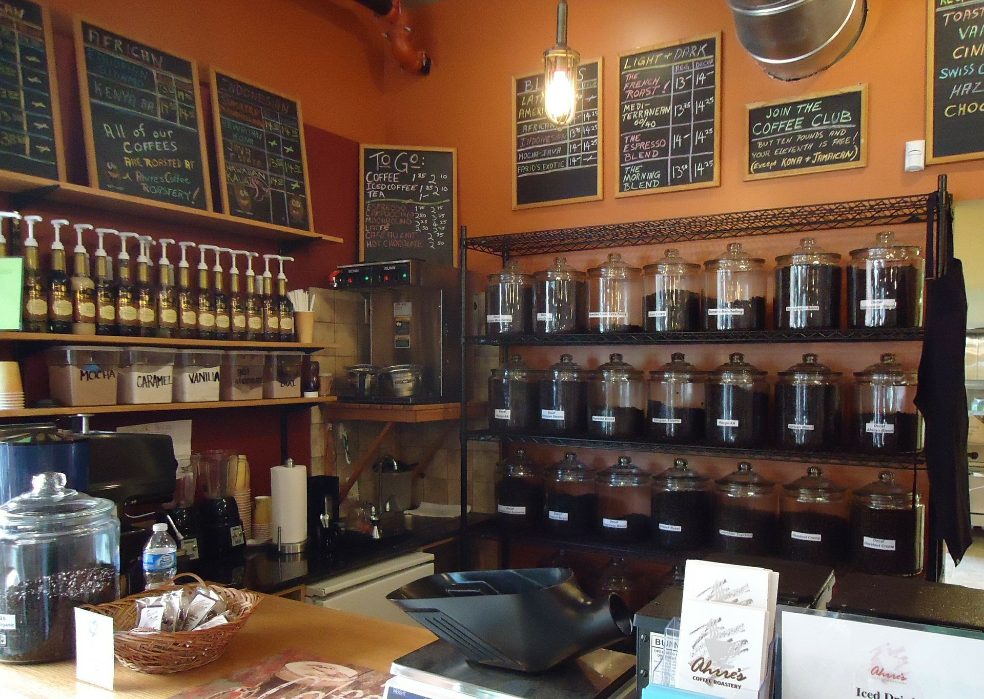 Amazing Things That Tourists Can Buy In Vietnam-Vietnamese Coffee