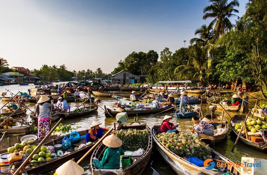 Best Weekend Getaways in Cambodia- Vinh Long, Cai Bae Floating Market