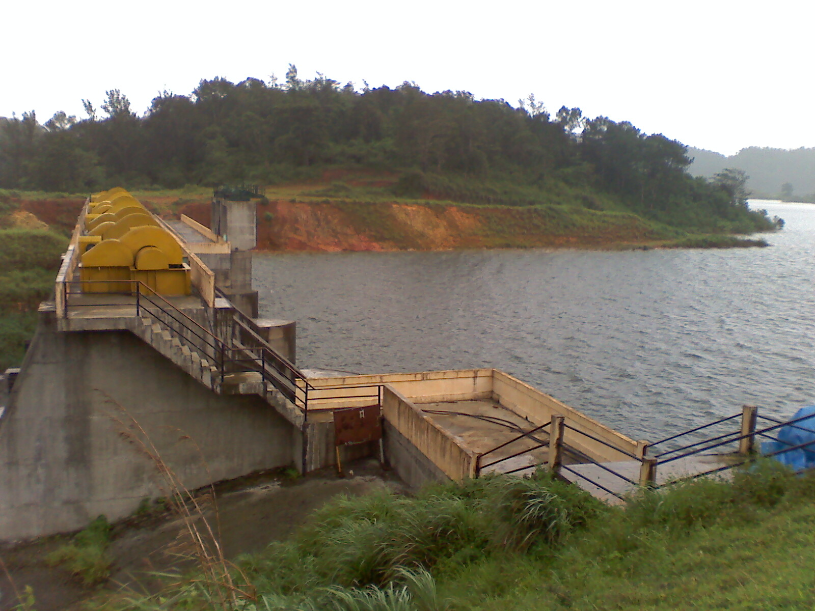 Visit The Largest Earth Dam in the Country - Things Which One Must Not Miss in Wayanad