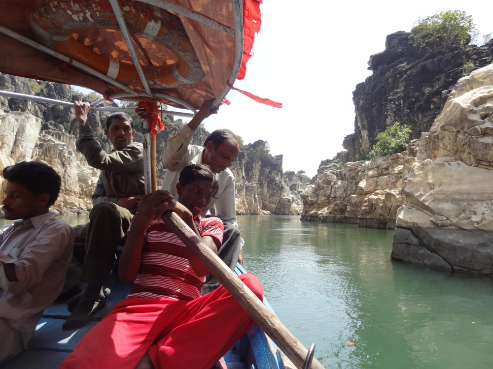 Visiting Famous Rock Formations In Bhedaghat-Every Tourist Must Do