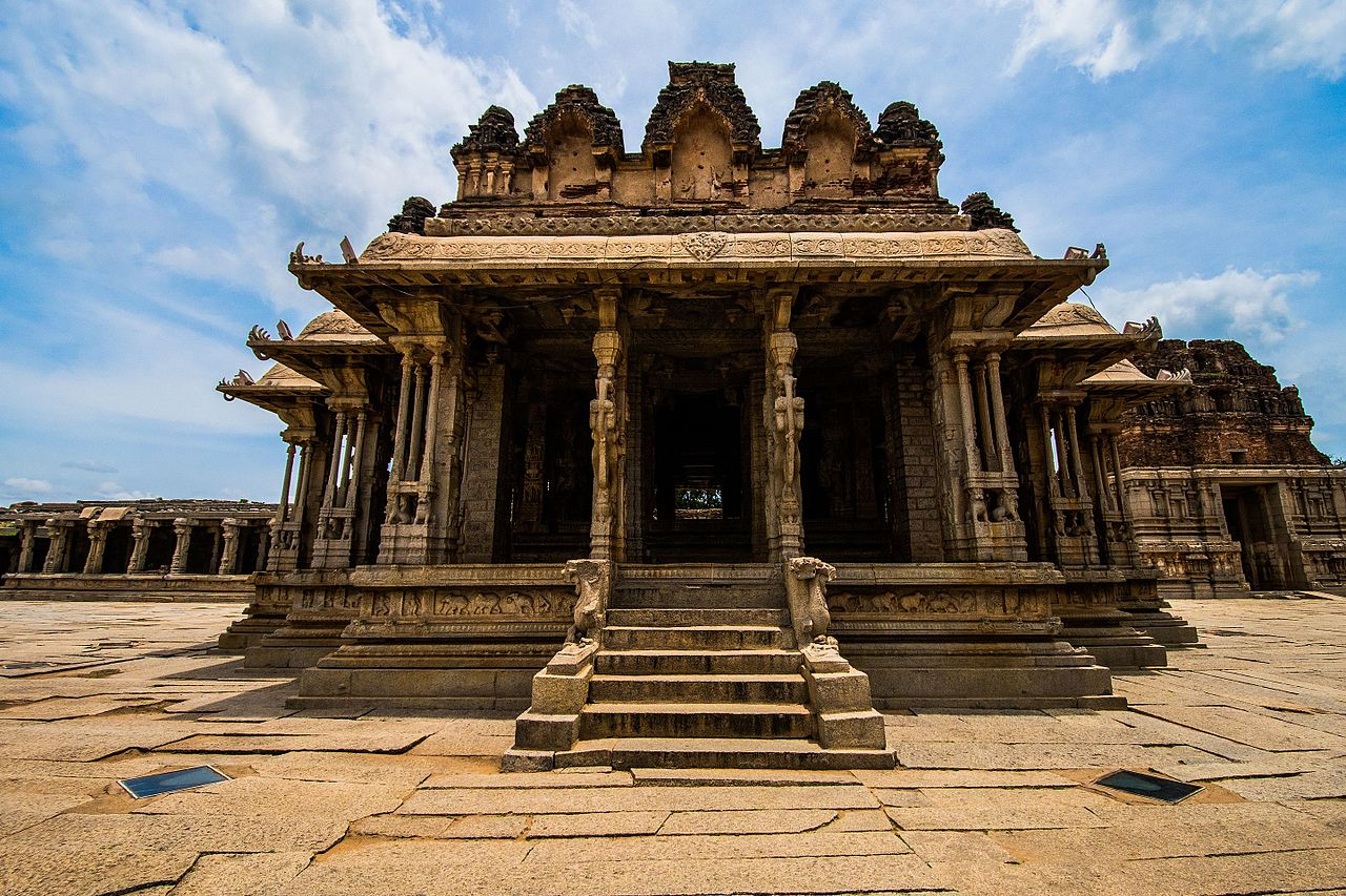 Beautiful Temple to Visit in Karnataka-Vitthala Temple, Hampi