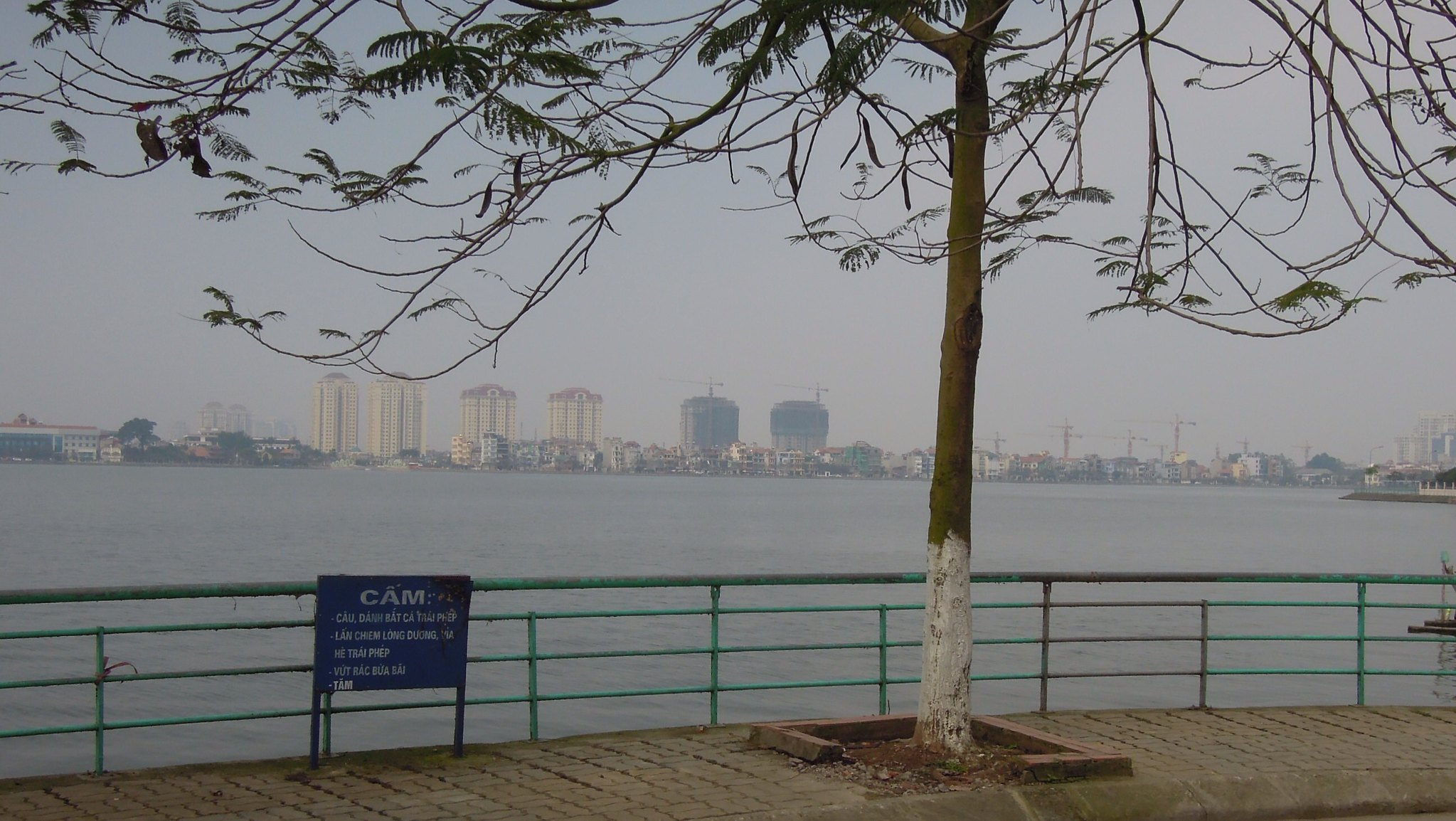 Best Attractions of Hanoi, the Vietnamese Capital City-West Lake