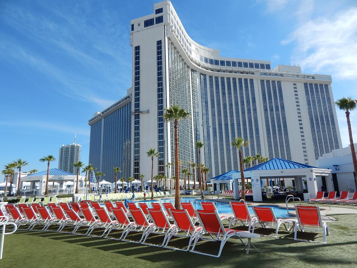 Westgate Las Vegas Resort and Casino - Budget Hotels to Stay in Las Vegas