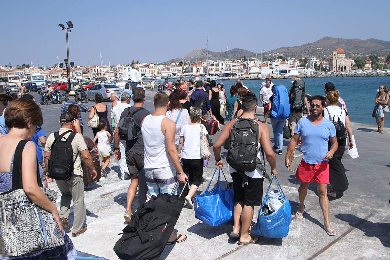 What Are The Ages Of Tourists Coming To Greece?