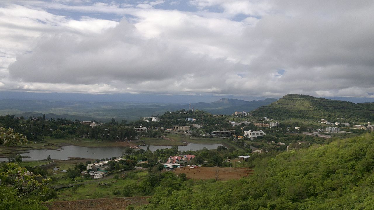 What is the Best Time to Visit Saputara Hill Station?