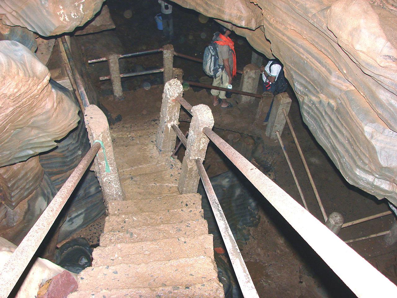 Why Should You Visit The Kailash And Kotumsar Caves, Chhattisgarh?
