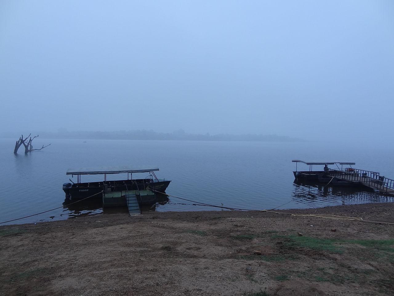 Visit Kabini River (Kasbani or Kapila River) in Kabini