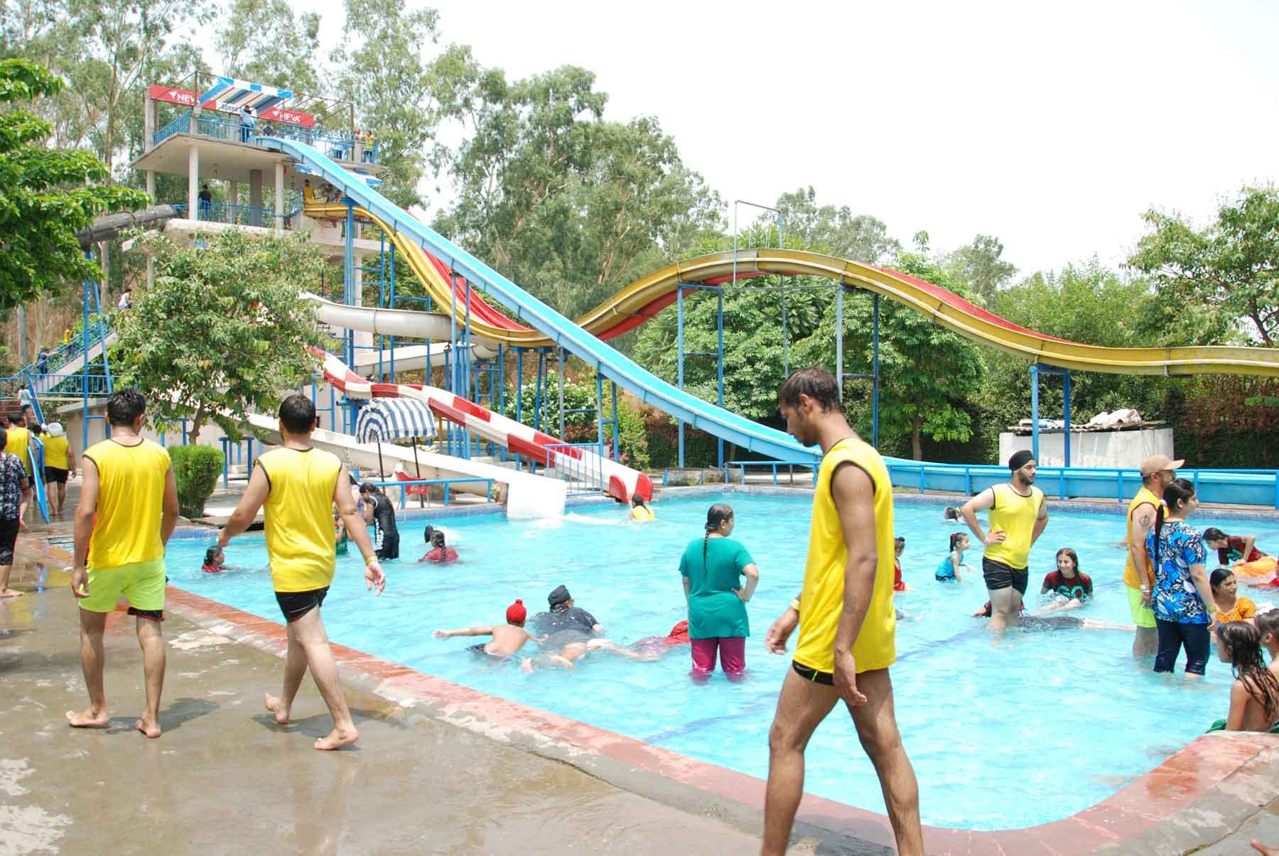 Must Visit Place In Ludhiana-World Amusement Park