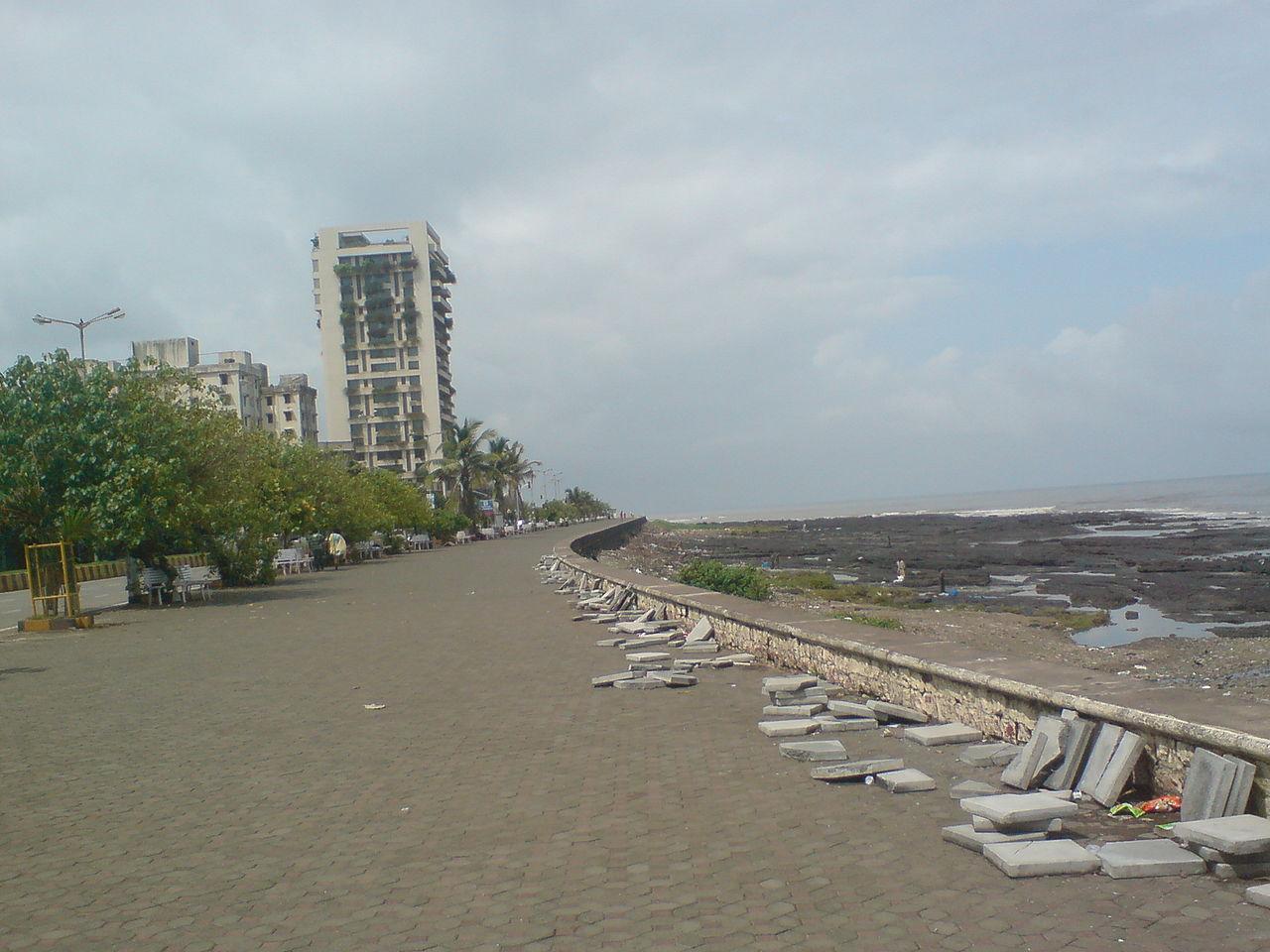 Place to Visit Near Haji Ali-Worli Seaface