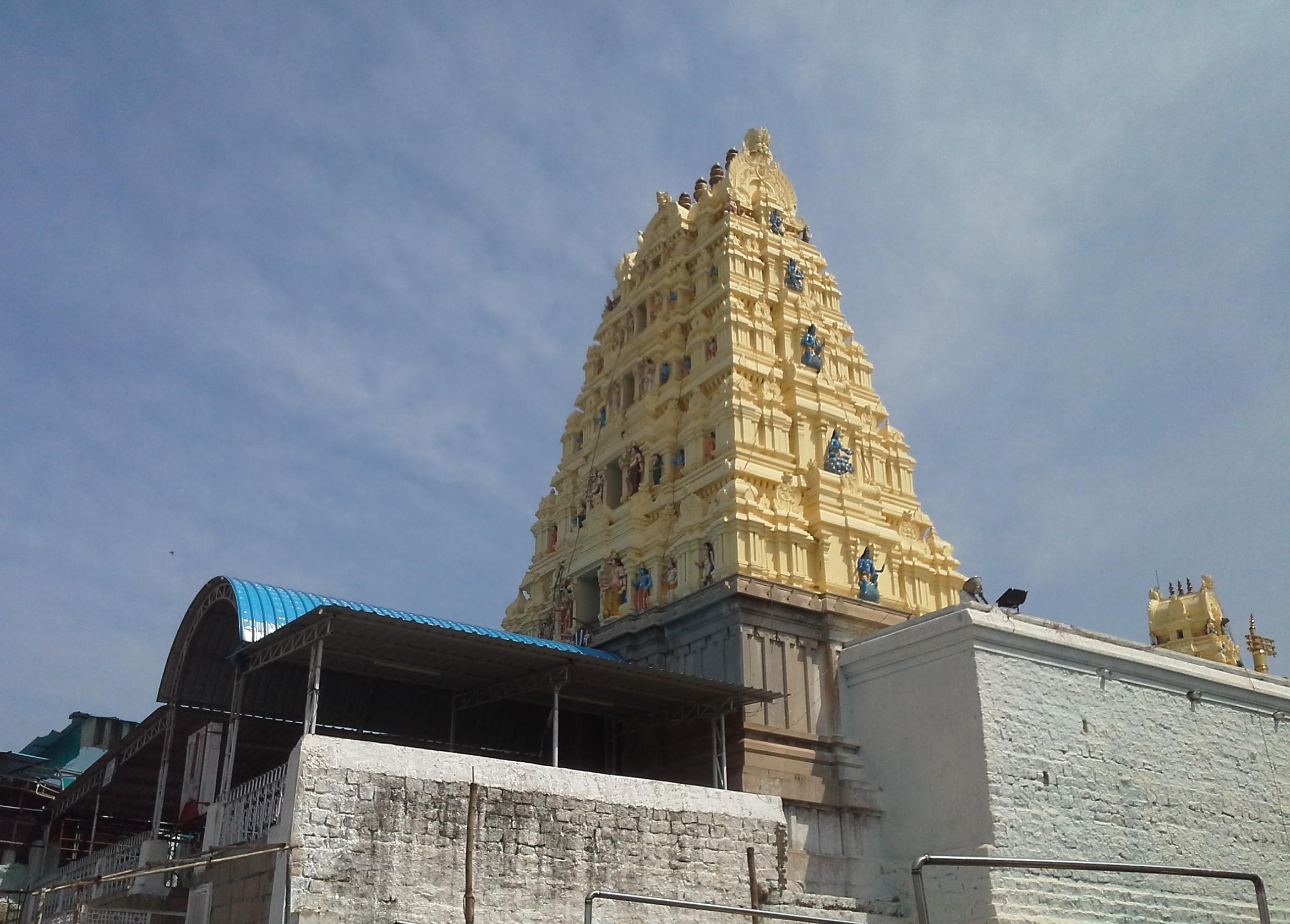 Weekend Getaways in Telangana-Yadagirigutta Temple