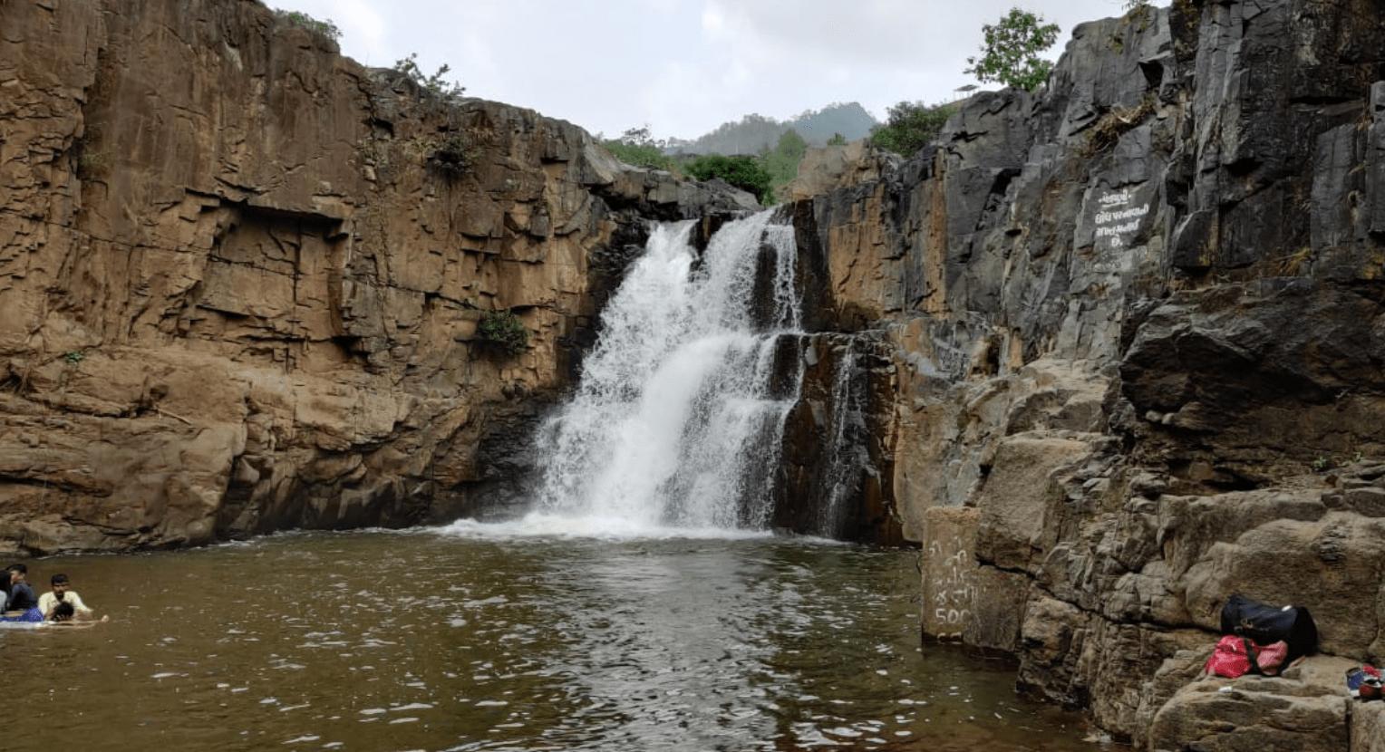 Amazing Place Near Statue of Unity in Gujarat-Zarwani Waterfall